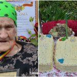 Foto: O bunicuță din Soroca a sărbătorit jubileul de 100 de ani în ograda casei. Foto