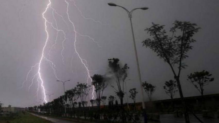 Foto: Se anunță ploi cu descărcări electrice