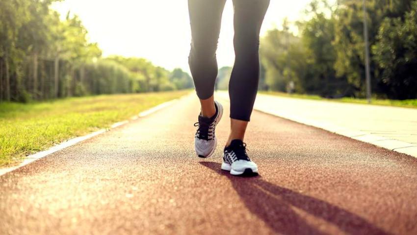 Foto: 8 beneficii surprinzătoare ale mersului pe jos