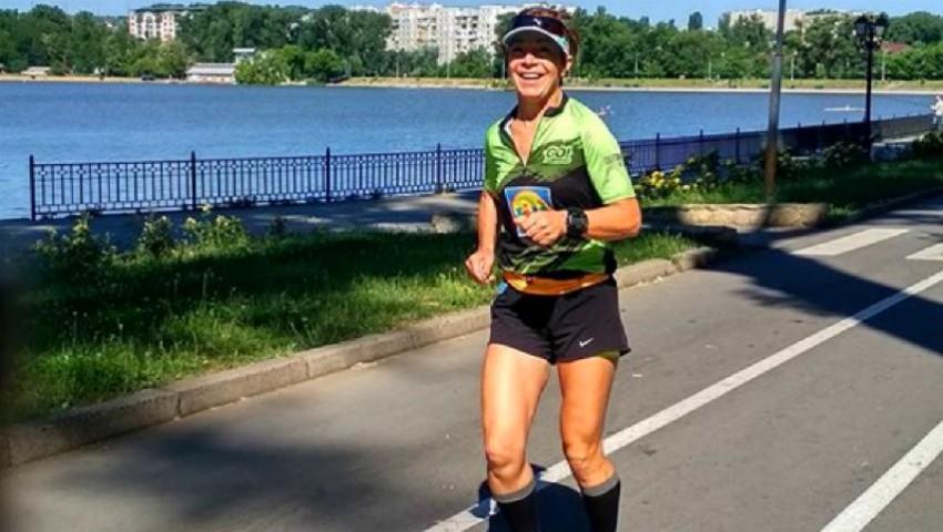 Foto: O moldoveancă revenită acasă din Portugalia a alergat 178,063 km în decurs de 24 de ore