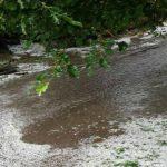 Foto: O ploaie torențială, cu gheață, a făcut prăpăd în raionul Căușeni