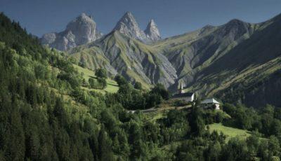 Un cunoscut fotojurnalist moldovean a decedat în munții din Italia, după ce a căzut într-o prăpastie
