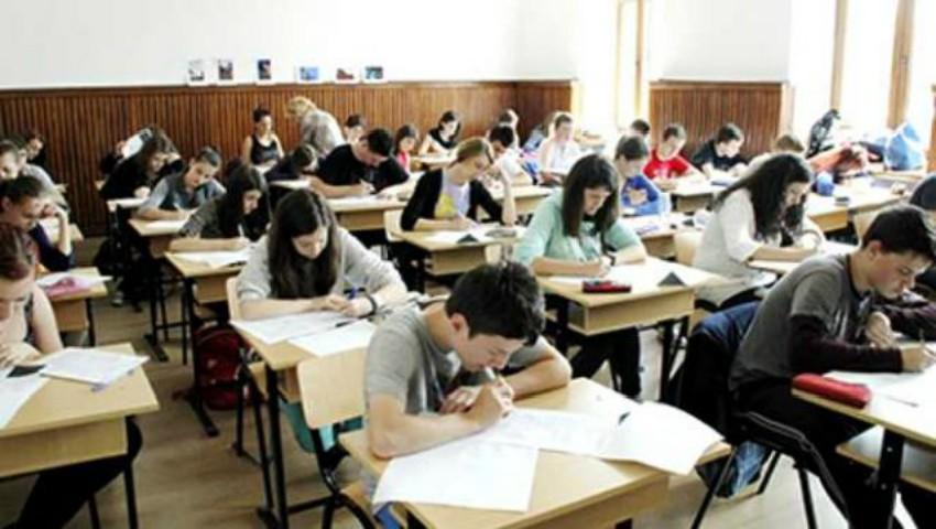 Foto: Un elev s-a revoltat după ce nota la BAC i-a fost mărită substanțial