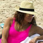 Foto: Jennifer Lopez, apariție senzațională în costum de baie la 48 de ani!