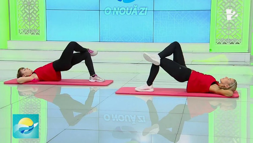 Foto: Set de exerciții pentru fese tonifiate și coapse suple. Video!
