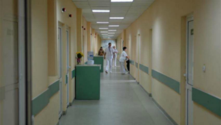 Foto: Îngrijorător! Medici din Capitală, reținuți de CNA într-un dosar de corupție