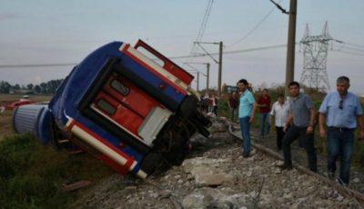 Tragedie în Turcia! 24 de oameni au murit și peste 70 de persoane au fost rănite, după ce un tren a deraiat în nord-vestul țării