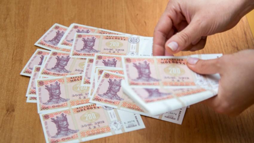 Foto: Unele categorii de bugetari din municipiul Chișinău vor beneficia de suplimente la salariu