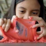 Foto: Avertismentul specialiștilor: o nouă jucărie care devine tot mai populară ar putea îmbolnăvi copiii