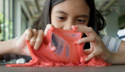 Avertismentul specialiștilor: o nouă jucărie care devine tot mai populară ar putea îmbolnăvi copiii