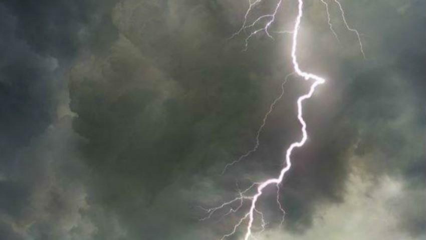 Ploi torențiale putenice în următoarele zile. Vezi unde va ploua cel mai mult