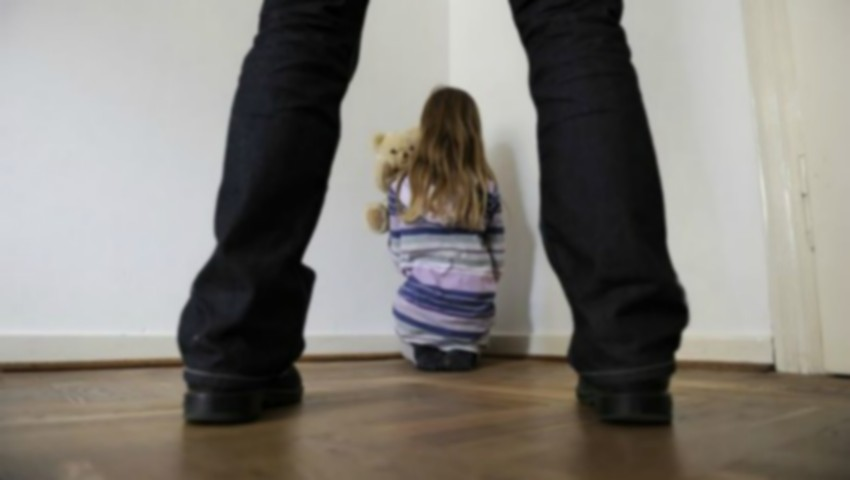 O fetiță de 9 ani din Telenești a fost răpită. Cine este individul care a sechestrat-o?