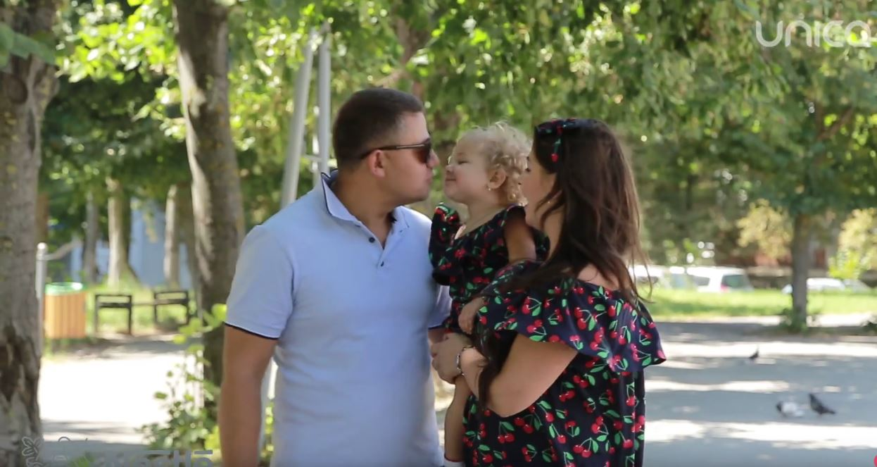 Foto: Diamanta Paterău: Cum și-a alimentat fiica în vacanța de vară!