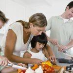 Foto: Zece trucuri din bucătărie care îți vor ușura viața