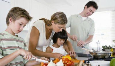 Zece trucuri din bucătărie care îți vor ușura viața