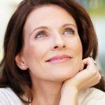 Foto: Cele mai des folosite trucuri de frumusețe a femeilor care arată bine, indiferent de vârstă