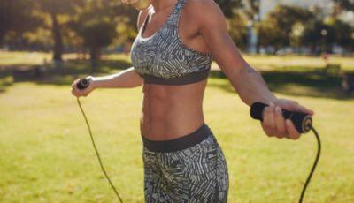 6 exerciții fizice pentru un abdomen plat și sculptat