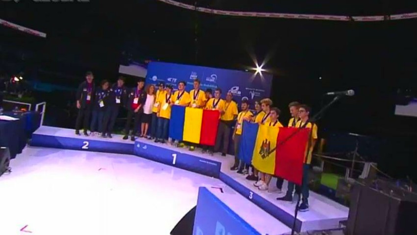 Foto: Moldova a obținut medalia de bronz la Olimpiada mondială de robotică din Mexic