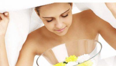 Beneficiile tratamentului facial cu aburi pentru curățarea porilor și eliminarea acneei