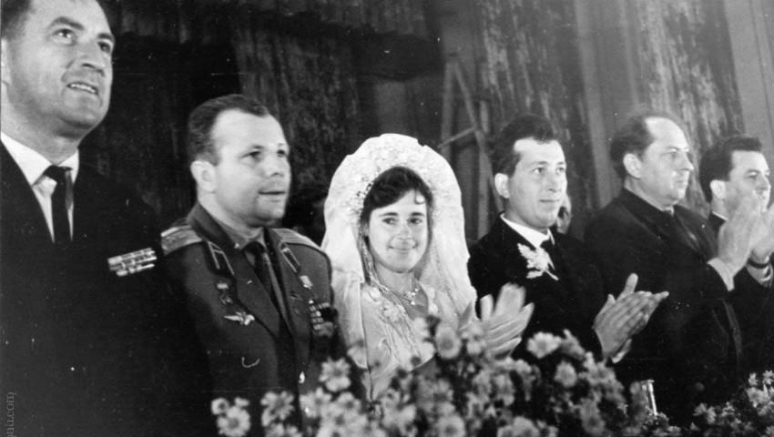 Foto: Povestea moldovenilor care l-au văzut pe Iurii Gagarin la o nuntă din Cojușna