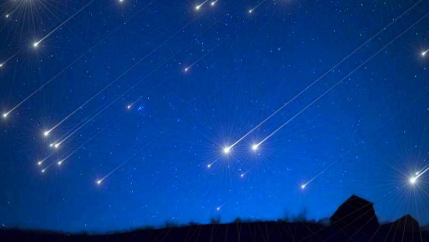 Foto: În această noapte, urmărește cea mai spectaculoasă ploaie de meteori a verii