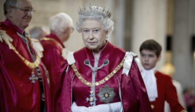 Regina Elisabeta e în doliu