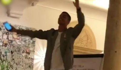 Video! Cristiano Ronaldo a cântat rock în faţa colegilor de la Juventus