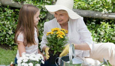 Cum o descrie un copil pe bunica sa? Îți vor da lacrimile