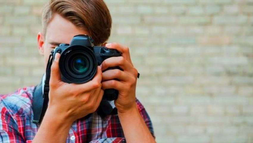 Foto: Primăria municipiului Chișinău invită elevii să participe la un concurs de fotografie. Iată ce premii vor fi acordate!