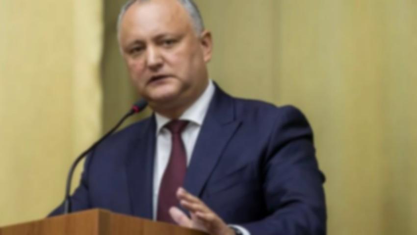 Foto: Prima apariție publică a Președintelui Igor Dodon după accidentul de duminică