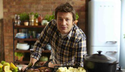 Echipați-vă bucătăria după sfaturile bucătarului Jamie Oliver