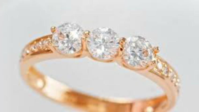 Foto: Află câteva trucuri care te ajută să depistezi bijuteriile false