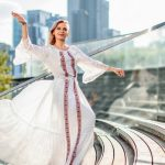 Foto: O ședință foto inedită cu Irina Bivol. Rochiile create de către un designer moldovean au ajuns la Chicago!