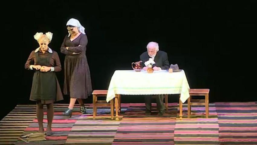 Foto: Ion Druță a împlinit 90 de ani. Scriitorul a fost omagiat la Teatrul Național Mihai Eminescu