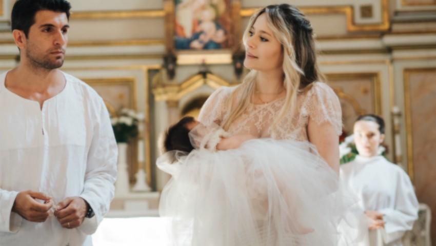 Foto: Laura Cosoi a dezvăluit imagini noi de la botezul fiicei sale