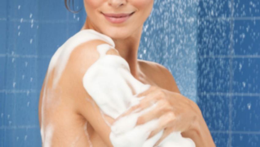 Foto: Săpun sau gel de duș? Află care este soluția potrivită