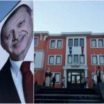 Foto: În Comrat, Președintele Turciei este așteptat cu portretul său pe clădiri și mesaje de salut