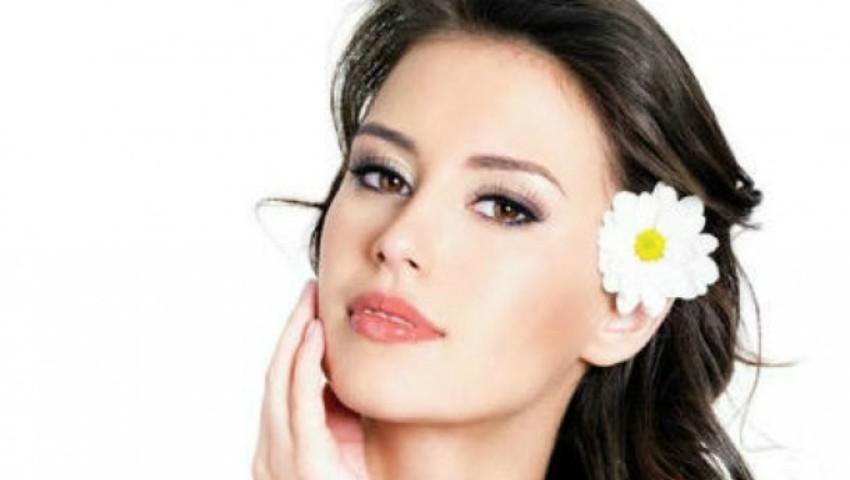 Foto: Cinci lucruri pe care trebuie să le faci până la vârsta de 40 de ani, recomandate de dermatologi