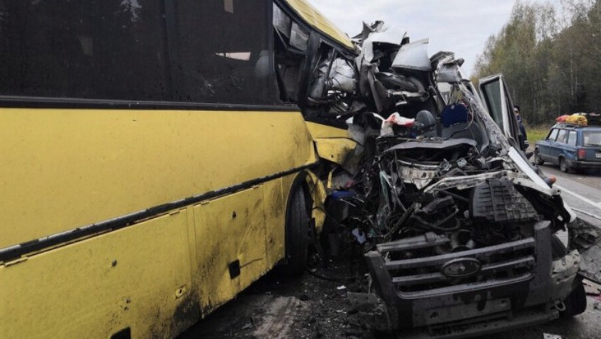 Foto: Momentul accidentului din Rusia, în care și-au pierdut viața 13 oameni, a fost surprins de o cameră de bord