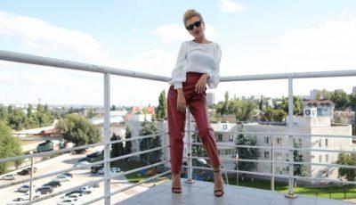 Olesea Olteanu, într-o ținută de inspirație în stilul Lady Gaga