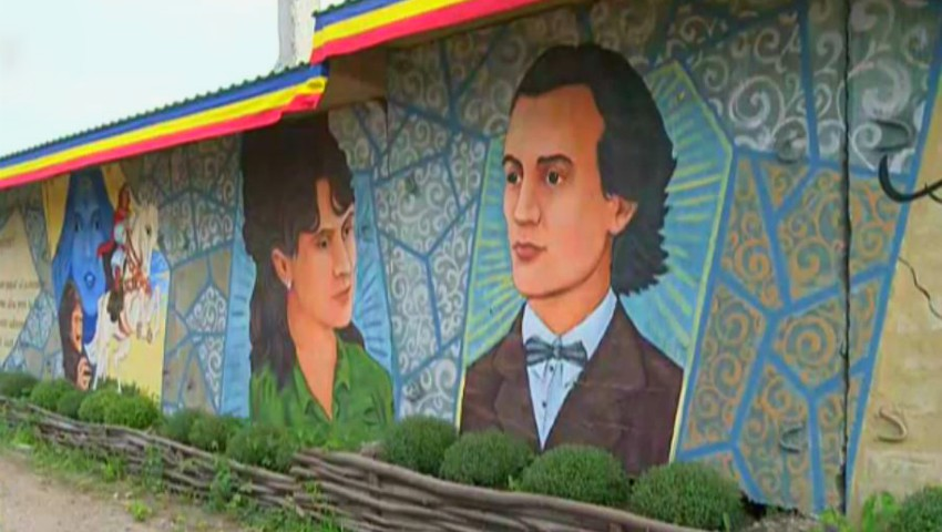 Foto: Impresionant! La Costești a apărut o pictură murală cu versurile lui Eminescu