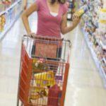 Foto: Încearcă aceste trucuri pentru a descoperi coloranții și E-urile conținute în produsele din comerț