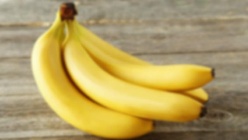 Șocant! Vezi ce a găsit o femeie din Lituania într-o banană