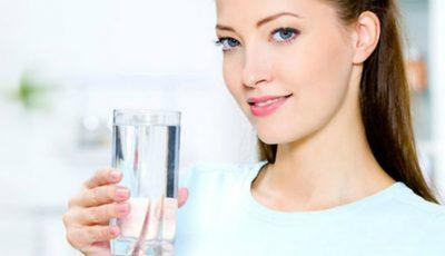 Uluitor! 6 momente din zi în care este bine să bei apă