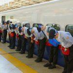Foto: Video. Cum sunt curățate trenurile de mare viteză în Japonia? Vei rămâne uimit