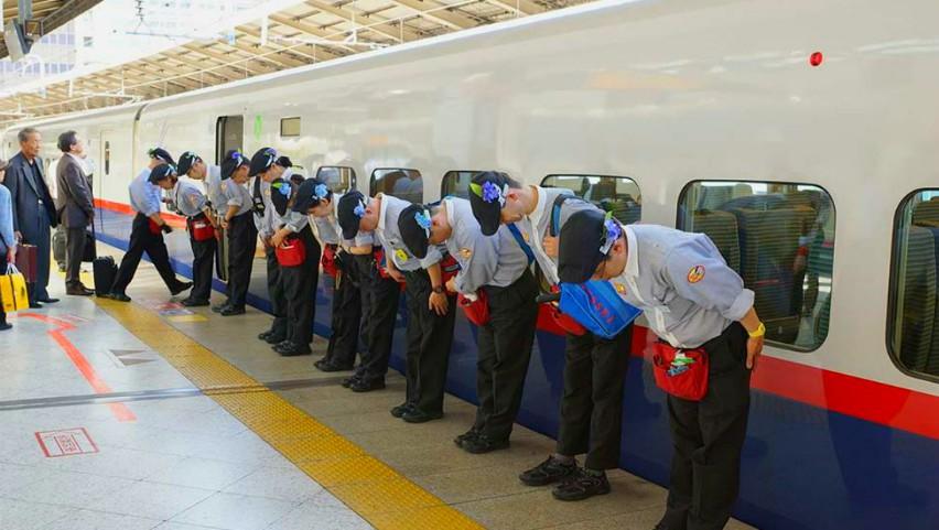 Video. Cum sunt curățate trenurile de mare viteză în Japonia? Vei rămâne uimit