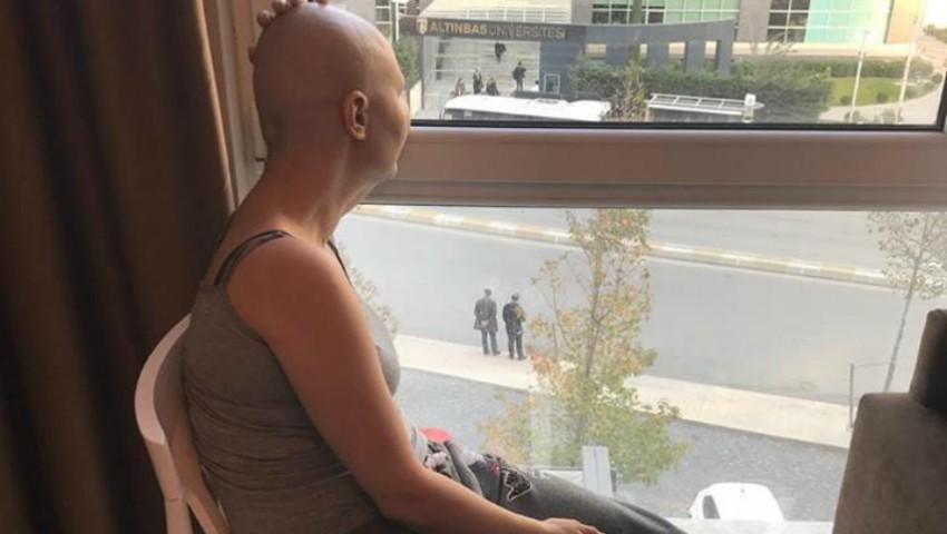 Foto: Ludmila a învins cancerul și se întoarce sănătoasă acasă la fetița ei!