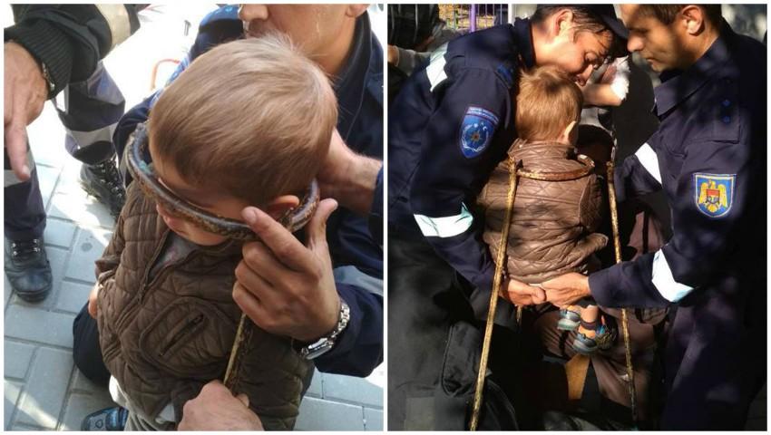 Foto: Un copil de 3 ani din Comrat, a rămas blocat în grila metalică a unei porți. Intervenția salvatorilor