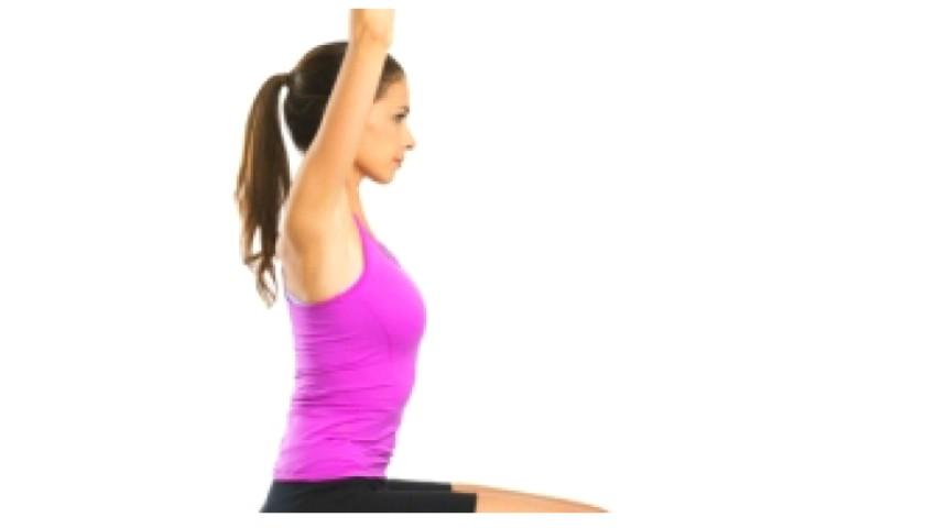 Foto: Efectuează acest exercițiu zilnic, pentru a menține sănătatea coloanei vertebrale mulți ani înainte