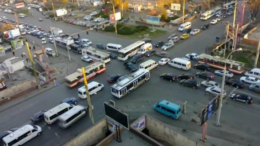 Foto: Atenție, șoferi! Evitați circulația pe aceste străzi ale Capitalei, în următoarele două zile
